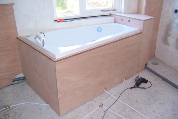 Afvoer Badkamer Lijmen : Bad installeren en laten plaatsen? hier een kosten overzicht.