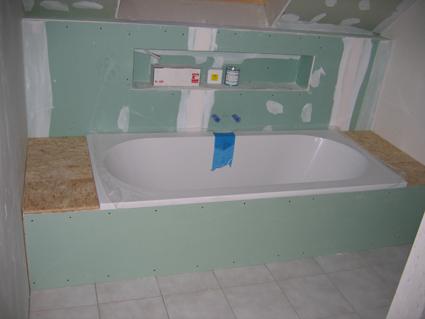 Badkamer Bad Installeren : Kosten bad plaatsen