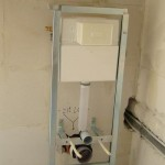 hangend toilet plaatsen